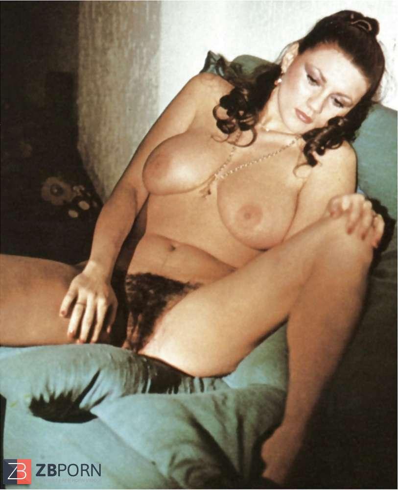 Serena Grandi  nackt