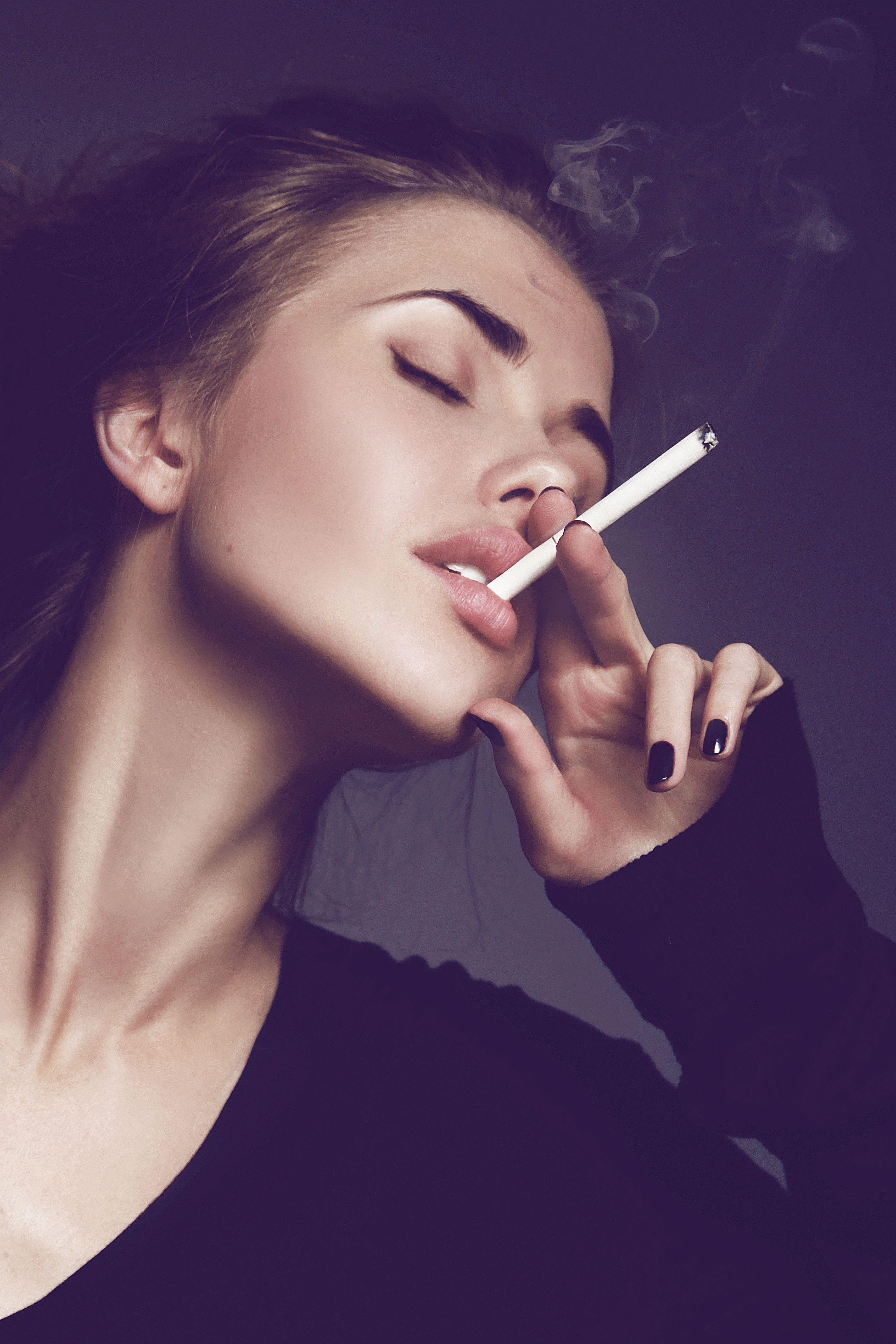 Message smoking board fetish : Smoking